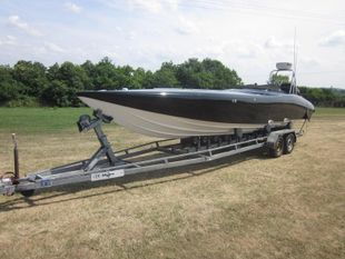 Cougar Sport Racer 26ft Mercury 2.5 XS Hydra drive gearbox