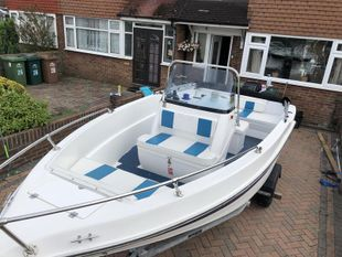 Olympic 500 CCF Day Boat with Trailer
