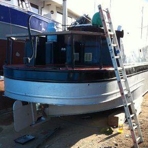 Previous hull blacking 2012