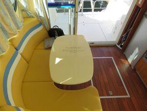 Nicols Estivale Quattro double helm positions - Saloon