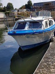 Seamaster 27 Ft