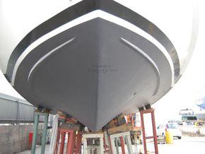 Versil Craft 26 Aft Cabin, Flybridge, 2 separate crew cabins - Underwater profile