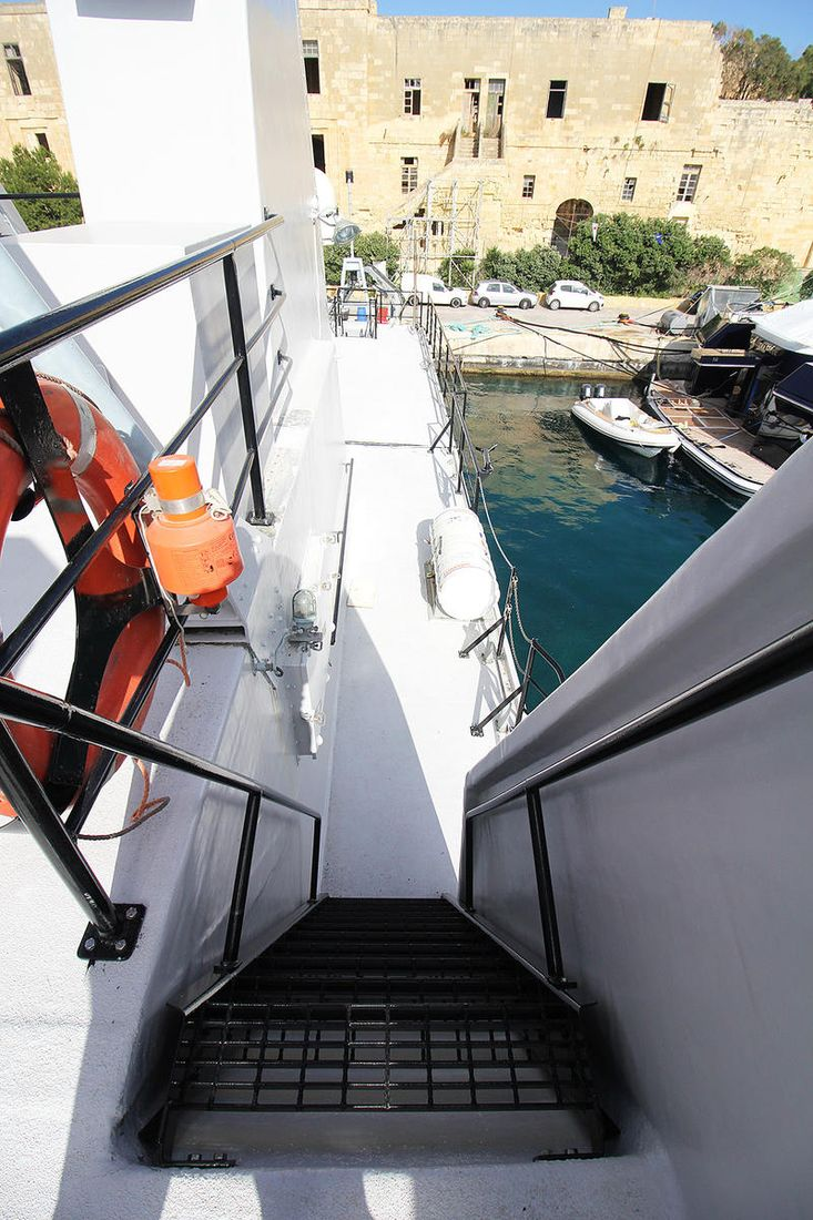 For charter: A963 Stern. Ex-military