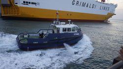 15TBP TUGBOAT  Line Handling Mooring Boat ( New )