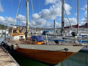 Wooden  Custom Wood-epoxy classic cruising sailboat - Exterior