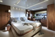 Sunseeker 86 fly