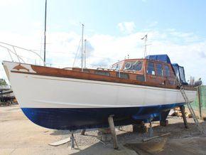 Wallace Clark Gentlemans Motor Yacht  - Exterior