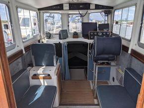 Hardy Fishing 24 - Extended Wheelhouse Recent engine - Interior