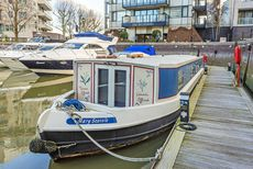 Lovely houseboat for sale, SW10