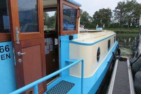 Piper Canal barge LIVE ABROAD - Coachroof/Wheelhouse