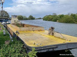 Teme' Split Hull Powered Mud Hopper