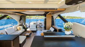 Carine Yachts  - Luxury Yacht Brokerage | AZIMUT 77S 2015 | Photo 6