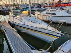 Magnum 27 lift keel yacht - PRICE REDUCED