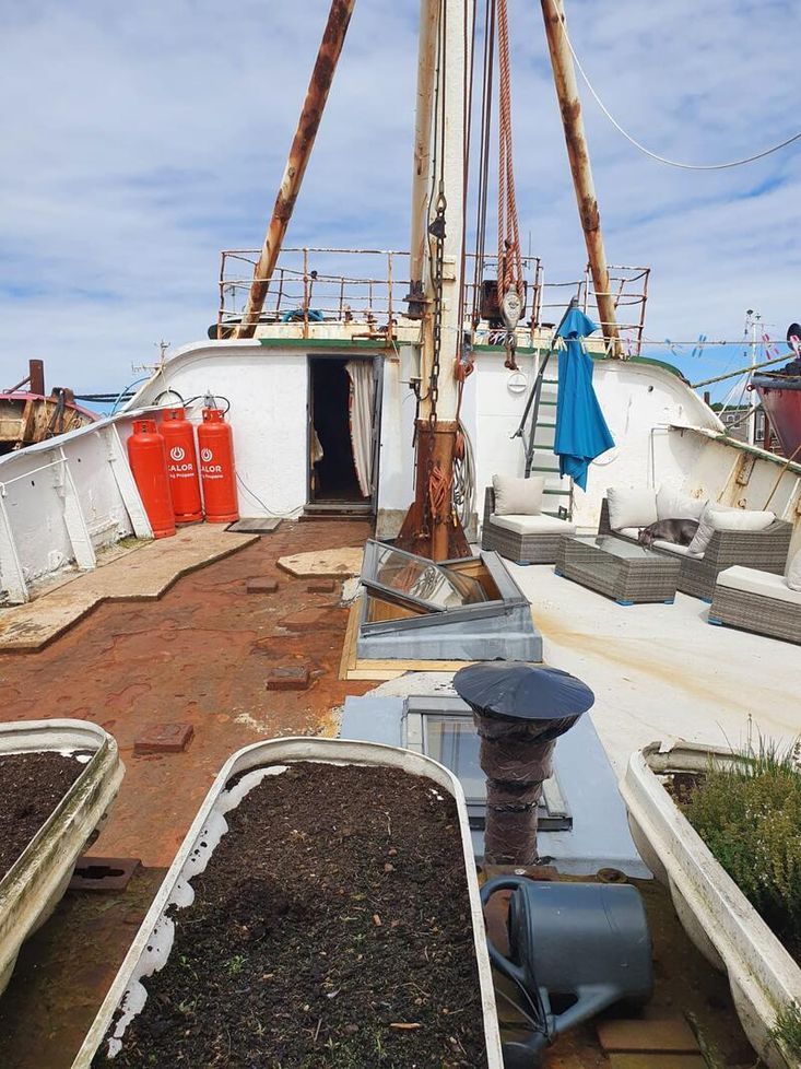 Trawler for Completion