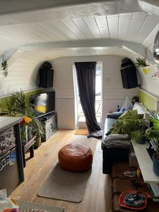 Amazing converted lifeboat livaboard air