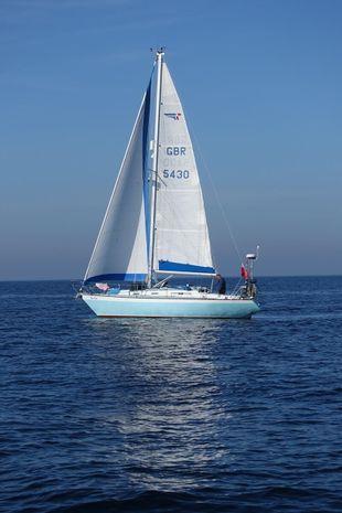 Sadler 32 Cruising Yacht