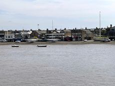 Moorings on the Thames - Putney Reach