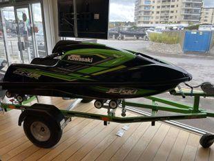 2021 Kawasaki SXR stand up jet ski