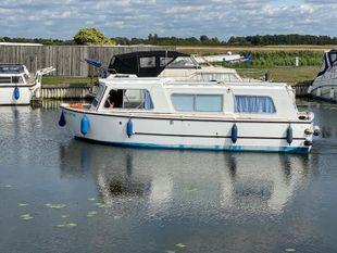Hampton Safari Mk II 'White Otter' SOLD