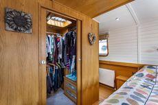 1 bedroom widebeam, Limehouse Basin Marina, Limehouse, E14