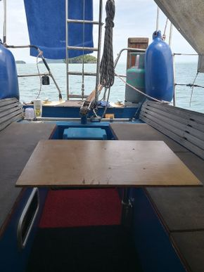 33 ft Steel Sailing Yacht for Sale in Langkawi.