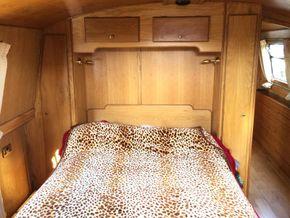 Dbl Bed