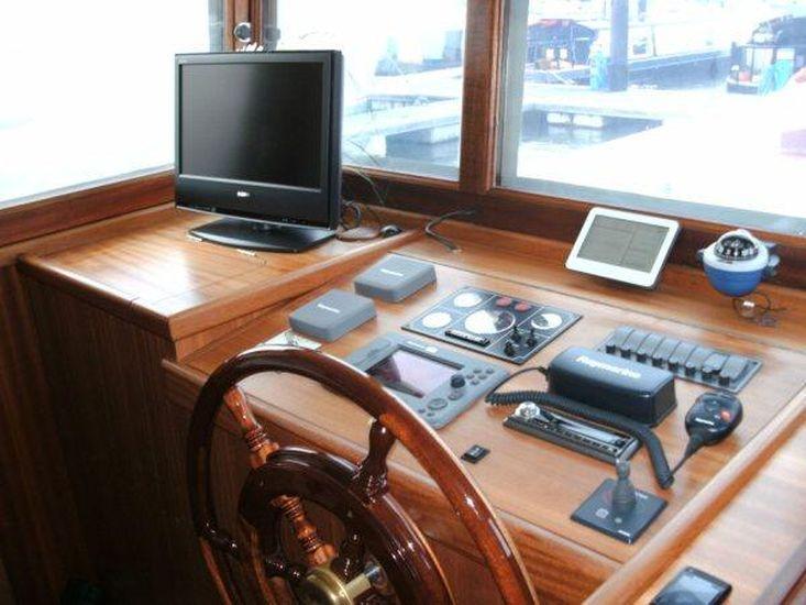 2007 Piper 55 Dutch barge