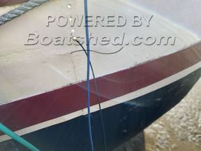 Dutch Barge 25 Metre  - Hull Close Up