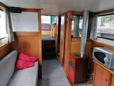Excellent Dutch barge Liveaboard in South of France with mooring