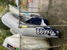 Honwave dinghy& outboard