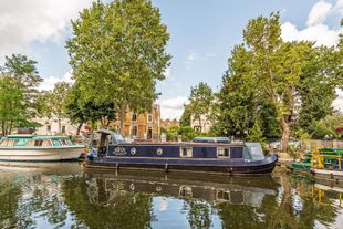 44 ft. narrow boat situatet in Little Venice