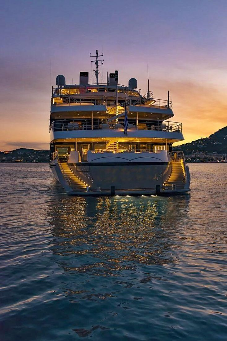 SWBSuperYacht or 5 Star Cruise Ship