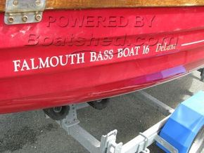 Falmouth Bass Boat 16 Deluxe  - Hull Close Up