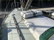 1973 Snapdragon 890 Cruising Yacht