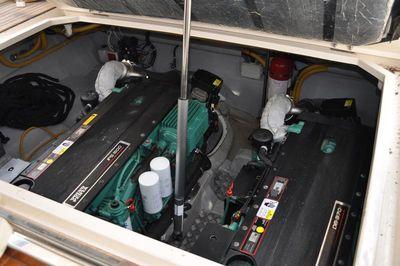 Twin Volvo IPS 500 engines