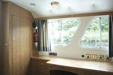 Sheerline 1070 Centre Cockpit