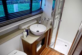 Haines 42 Elegance Shower/Toilet