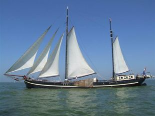 Clipper sailing - chartership 30-45 pers.