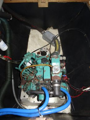 Starboard Engine with water heater