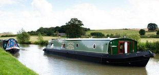 Puddling Cruisers - Widebeam Hire Boat Business on Grand Union Canal