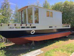 Luxury Houseboat 90m2 living & 60m2 Ter