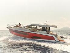 2020 Sealine C335V