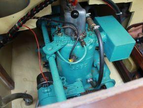 Nantucket Clipper  - Engine