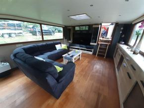 Dutch Barge 27.65 Well equiped liveaboard with TRIWV valid until nov 2023 - Saloon