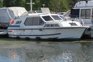 1995 Crown Cruisers 30