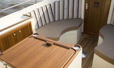 Intercruiser 27-Cabin