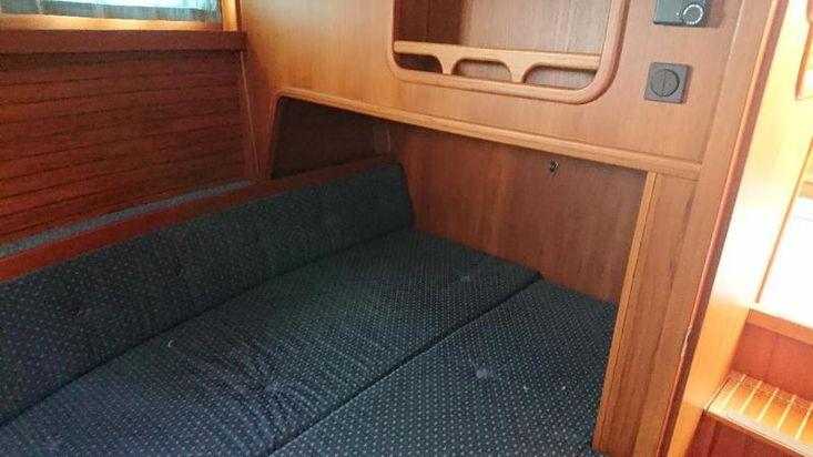 NAUTICAT 331 - GORGEOUS 2002   £125000