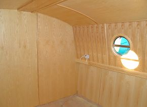 Forward bathroom bulkhead