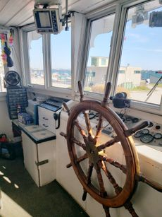 1986 90'4″ x 24′  Steel, 250 PAX, Twin Deck Pas Vessel and Business