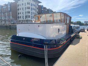 Exterior boat mooring
